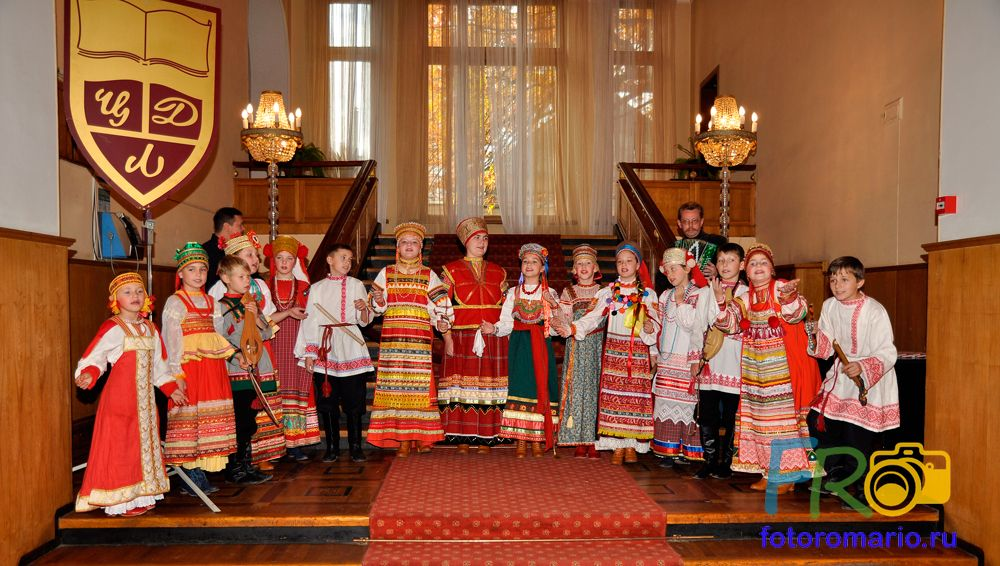 Фото концертных выступлений детских ансамблей